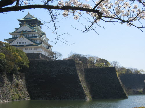 Osaka Castle fortifications, April 9, 2004
